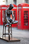 London - Statue de danseuse devant le Royal Opera House